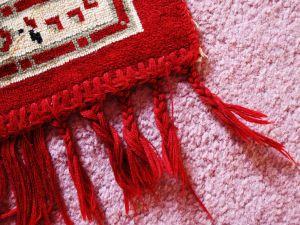 Czyszczenie dywanów – sprawdzamy stawki w polskich miastach